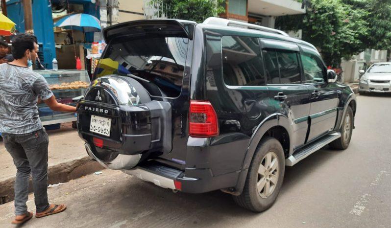 Mitsubishi Pajero 2006 full